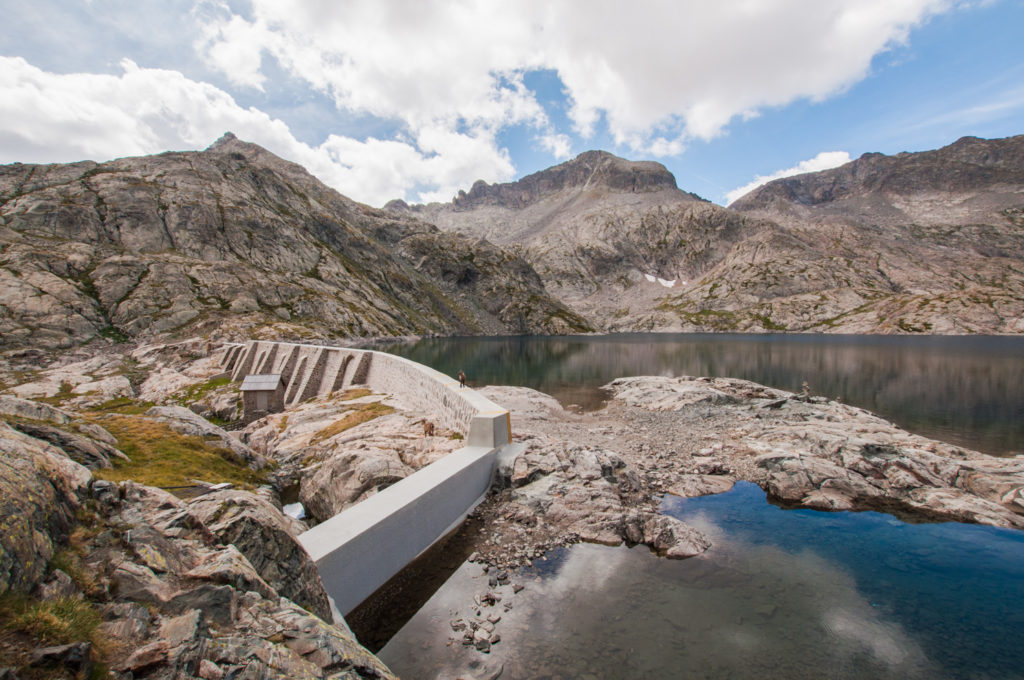 Lac de l'Agnel - Le barrage